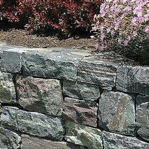 Muret de pierre naturelle