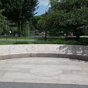 monument en pierre 11 septembre